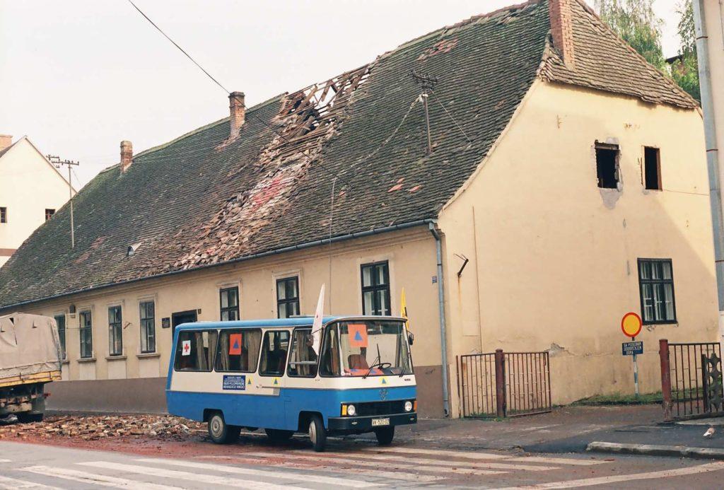 zgrada GDCK Vinkovci 1991 scann1